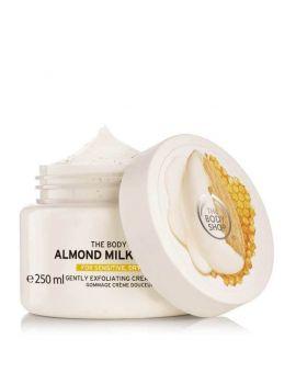 Almond Milk & Honey tělový peeling